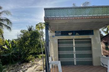 Chủ cần bán 355m2 thổ (13x28m) có sẵn căn nhà cấp 4. Ở ấp 5 xã An Thạnh