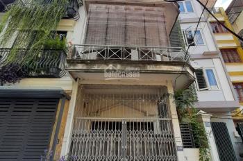 Chính chủ cho thuê nhà 2 tầng ngõ phố Hoàng Văn Thái, ô tô tải đỗ cửa, khu dân cư an toàn