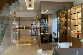 Chính chủ cần bán siêu phẩm nhà 4 tầng với nội thất cao cấp trung tâm Quận Hải Châu - Đà Nẵng