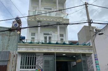 Nhà bán 5m x 25m đúc kiên cố 3 tấm sân thượng Trần Văn Mười vào 1 sẹc 0933 526 567