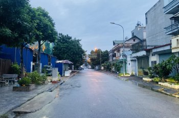 Cần bán đất 31ha Trâu Quỳ, Gia Lâm, DT 118 - 215m2 trung tâm hành chính quận Gia Lâm. LH 0922003333