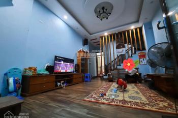 Bán gấp nhà đẹp Nguyễn Trãi, 46m2, 5 tầng, ngõ thông, tặng lại toàn bộ nội thất 200tr, chỉ 4.5 tỷ