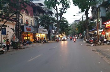 Bán nhà mặt phố Lê Văn Hưu, P. Ngô Thị Nhậm, Quận Hai Bà Trưng, 97m2x8T, thang máy, giá 53.5 tỷ