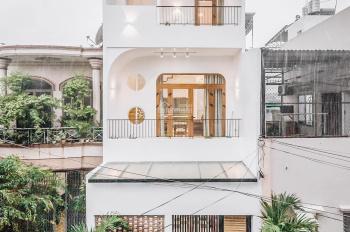 Nhà đẹp vào ở ngay đường Tân Trang, 1 trệt 2 lầu, DT: 4,2 x 15m, hẻm to, giá bán: 8.2 tỷ