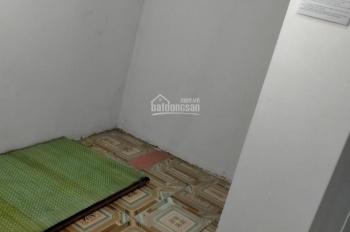 Chính chủ cho thuê phòng trọ DT 20m2 cổng KCN Phùng, Đan Phượng giá chỉ 800K/tháng