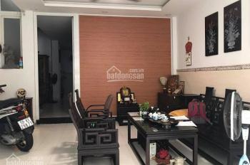 Nhà bán gấp sát mặt tiền Đinh Tiên Hoàng, P1, Bình Thạnh, 48m2, 3 tầng.