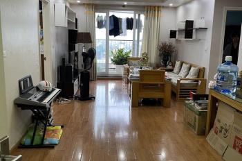 Chính chủ bán chung cư HUD 3 Tô Hiệu, Hà Đông, căn nhà DT 120m2, đồ cơ bản. Hướng Đông Nam rất mát