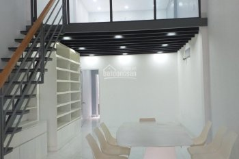 Nhà mới, đẹp, ngay đường Trần Não có chỗ đậu ô tô,  4x17m, 1 trệt+gác. Gía chỉ 17tr/tháng