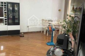 Chính chủ nhờ bán căn 2 phòng ngủ 2WC, 91m2 dự án 173 Xuân Thủy full nội thất đẹp. LH: 0904518358