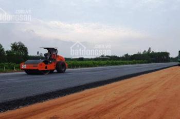 Chính chủ cần bán lô đất ngay xã Hòa Thắng, cách DT 716 300m, có sổ sẵn. Sát bên ngay Liên huyện