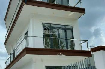 Bán nhà 1 trệt 2 lầu MT Nguyễn Chí Thanh tiện Kinh doanh đa ngành nghề, mở văn phòng