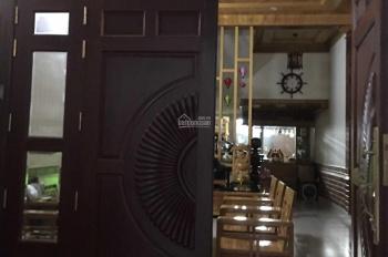 Cần bán lại căn nhà full nội thất gỗ hương An Cựu City, giá tốt