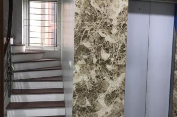 Chính chủ cho thuê nhà mặt phố đường Láng, DT: 65m2 x 7 tầng, vỉa hè rộng, có thang máy