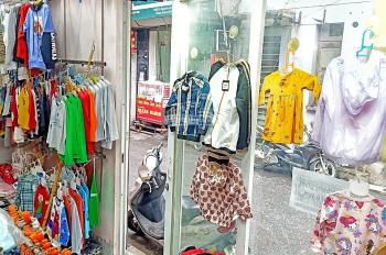 Sẵn mọi thứ chỉ vào bán! Cần sang nhượng shop quần áo trẻ em đường Nguyễn Quý Đức, 2 mặt tiền