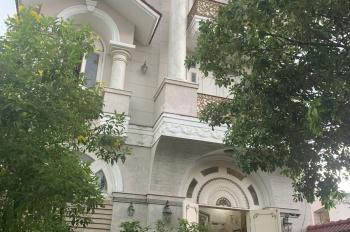 Biệt thự hầm, 3 lầu, khu Him Lam đường Phổ Quang, phường 2, Tân Bình, DT: 8.5x16m. Giá: 39 tỷ TL