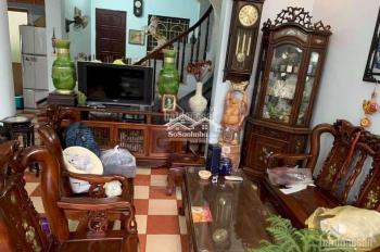 Cho thuê nhà Ngọc Thụy,Long Biên,Hà Nôi dt 130m2 x4T giá 10tr
