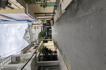 Nhà Bán MT Nội Bộ Cư Xá Lữ Gia, Dt : 4 x 14m. 3 Tầng