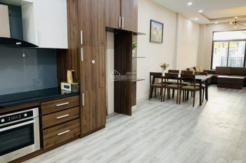 Cho thuê nguyên căn nhà phố Lakeview City 5x20m giá 27tr/tháng nội thất đẹp. LH: 0917330220