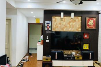 Bán gấp căn hộ 3 ngủ 82m view hồ full toàn bộ nội thất đẹp giá chỉ 1 tỷ 420tr 0972663984