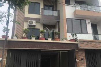 Bán nhà 3 tầng 100m vuông vắn tại TP Thái Nguyên