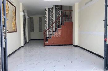 Cần bán căn nhà 50m2 ngay sau chợ bà Hom-Giá 1ty2-SHR hẻm ô tô thông thoáng LH:0775407332