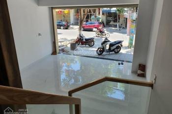 Bán Căn Nhà 3 tầng mặt tiền đường Hà Huy Tập vị trí đẹp thuận lợi kinh doanh