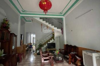 Cần bán căn nhà 2 tầng mặt tiền đường Dương Đức Hiền giá rẻ. 0968200400