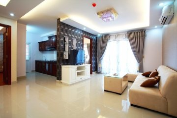Căn hộ Orient Apartment