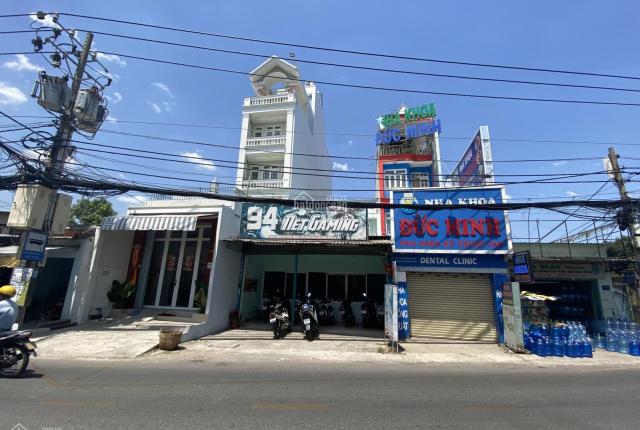Kẹt tiền bán gấp nhà mặt tiền Tân Kỳ Tân Quý, quận Tân Phú, DT 187m2, có sổ hồng riêng