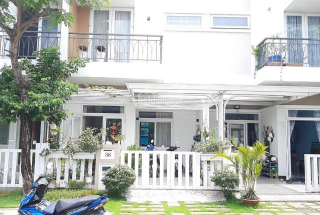 Bán nhà đẹp 5x15m, 1 trệt 2 lầu có sân vườn, MT đường nhựa 12m, giá 4,5 tỷ