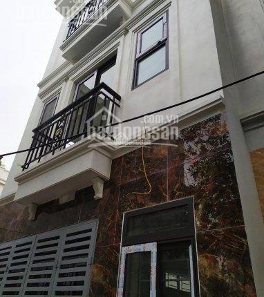 Bán nhà 3 - 4 tầng 30m2 giáp tổ 13 Yên Nghĩa, ô tô đỗ gần nhà, hỗ trợ vay vốn 75%