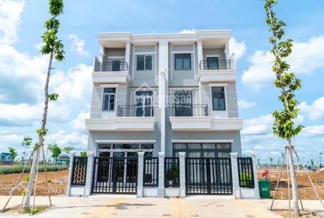 Bán căn nhà 3 tầng mới xây 5x26m, đường 28m có bảo vệ 24/24 hỗ trợ vay 70%, LH: 0966 887 957