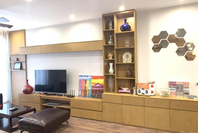 Chính chủ cần bán 3PN Seasons Avenue đủ đồ mới - xách vali ở ngay gần Mulberry Lane LH 0981960899