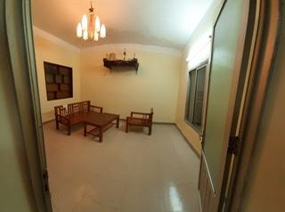 Bán hoặc cho thuê căn hộ tập thể 48A, Tăng Bạt Hổ, DT 65m2, an ninh tốt, gần trường học, bệnh viện