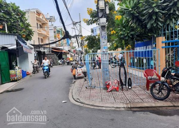 Cho thuê nhà rộng, diện tích SD: 250m2, hẻm xe hơi đường Trần Khắc Chân, quận Phú Nhuận