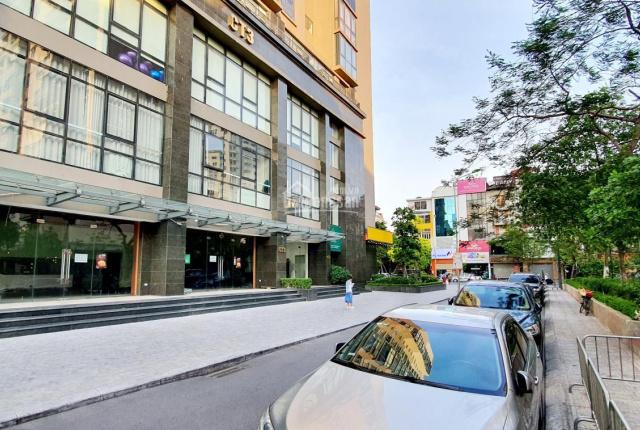 Cho thuê MB 118m2 MT 12m (Điều hòa âm trần) tầng 1 chung cư Park View phố Vũ Phạm Hàm, Cầu Giấy, HN