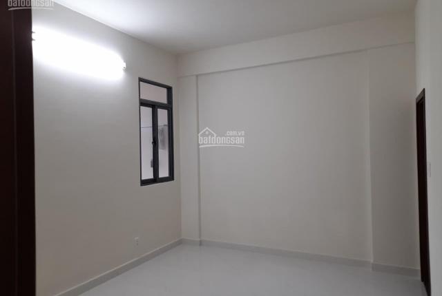 Mình cần bán căn hộ Q. 8, giá 1,9 tỷ, nhà mới 100%, DT 71,5m2, 2 phòng ngủ. 0908.994.005