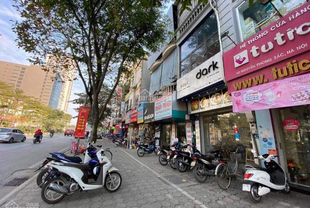 Cho thuê nhà mặt phố 50m2 x 5 tầng, vỉa hè rất rộng, vị trí đắc địa nhất dãy phố Nguyễn Phong Sắc