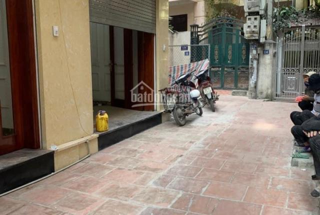 Bán nhà ngõ 8 số 9 phố Dịch Vọng, quận Cầu Giấy, sổ đỏ 48m2 5 tầng mới, 7 phòng ngủ. SĐCC