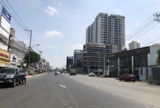 Bán đất mặt tiền Lương Định Của, Quận 2 DT: 5,4 x 25m, mặt tiền đường 30m, sổ đỏ. A.Thái 0937465035