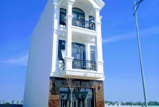 Bán nhà ngay mặt tiền KD vị trí đẹp trung tâm thành phố mới Bình Dương liền kề cổng KCN Vsip 2