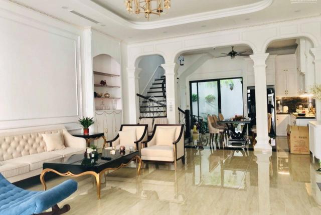 Bán nhà mặt tiền 12m đường Trần Cao Vân, trung tâm Quận Phú Nhuận, 80m2, giá 12.8 tỷ