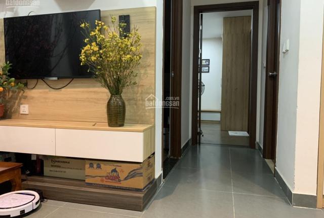 Chính chủ bán căn hộ chung cư 73,4m2 tầng 2: 2PN, 2wc, 2 ban công khu Giang Biên, full nội thất