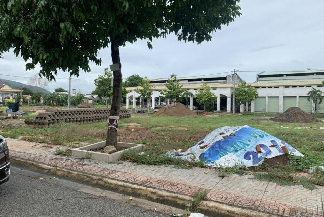 Chính chủ cần tiền bán rẻ mảnh đất 6x14m đất thổ cư 100%mặt tiền đường Đỗ Nhuận, khu TM P Kim Dinh