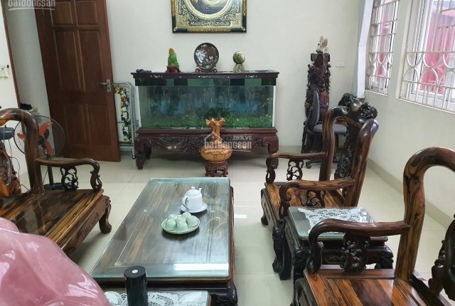 Gia đình cần cho thuê căn nhà 5 tầng, 84m2, thiết kế đẹp, tiện ích đầy đủ, LH 0945852299