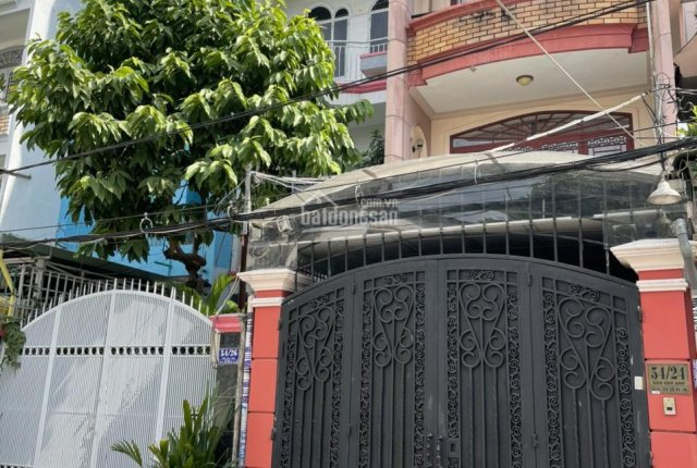 Nhà hẻm xe hơi đường Đào Duy Anh, P. 9, Q. Phú Nhuận DTSD 157,8 m2. Liên hệ Mi SĐT: 0934100772