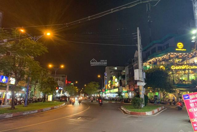 Cho thuê nhà mặt tiền đường Đồng Đen, P14, Tân Bình, 10x15m vỉa hè 4m. Giá 40triệu ký lâu dài