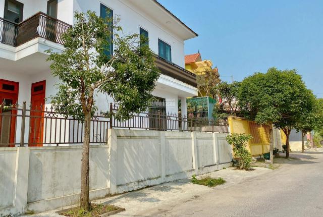 Tôi cần bán thửa đất đẹp giá rẻ Cao Văn Lầu, gần 10m ngang. Đường 2 ô tô, dân cư đông