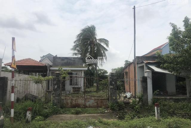 Hot chính chủ bán lô đất lớn 2 mặt tiền đường Hương lộ 14 tách thửa, trung tâm H. Long Điền