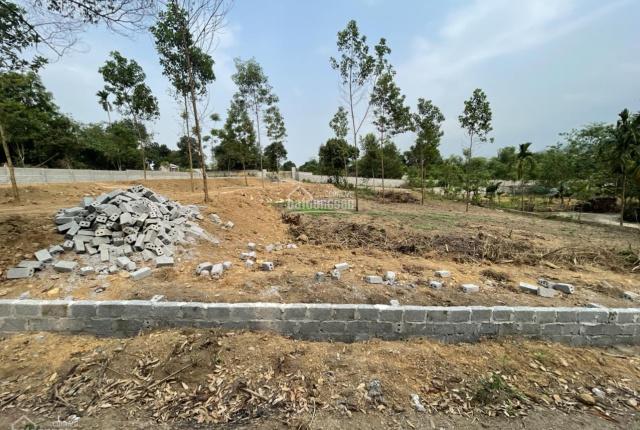 Cực rẻ cần bán 2300m2 hai mặt đường tại Lương Sơn, Hòa Bình